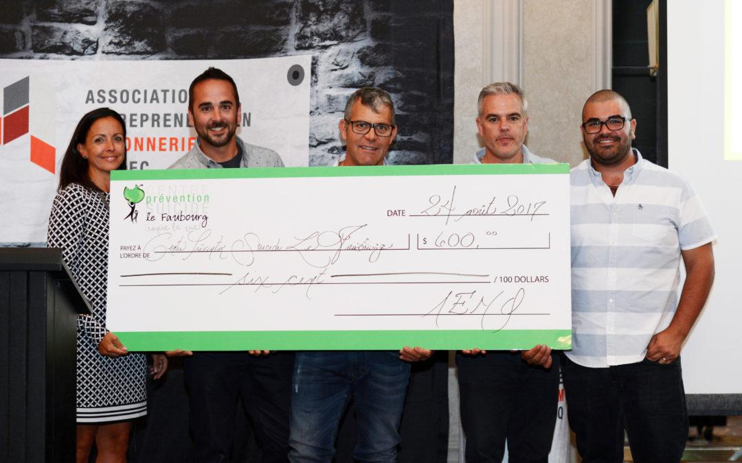 Le concours de putting du tournoi de golf de l'AEMQ permet d'amasser 1200$ en dons pour le CPS le Faubourg.